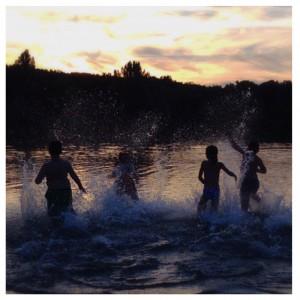 Le lac de la forêt de Châtellerault, Baignade, Lake, Swimming, Splashing